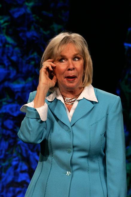 Motivational Speaker Linda Larsen on Customer Service